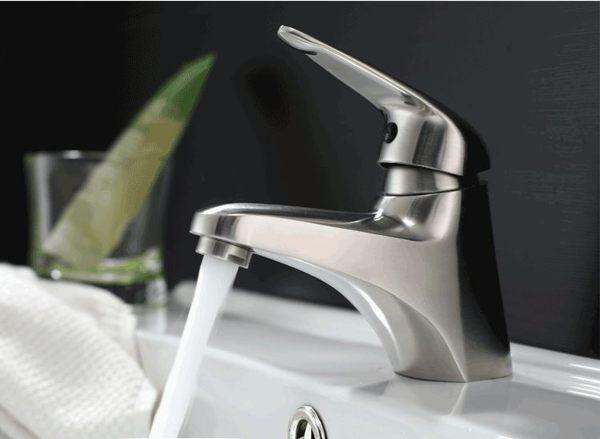 水龍頭 冷熱出水 浴室面盆 洗臉盆 304不銹鋼(砂光) 安全無毒 環保新生活