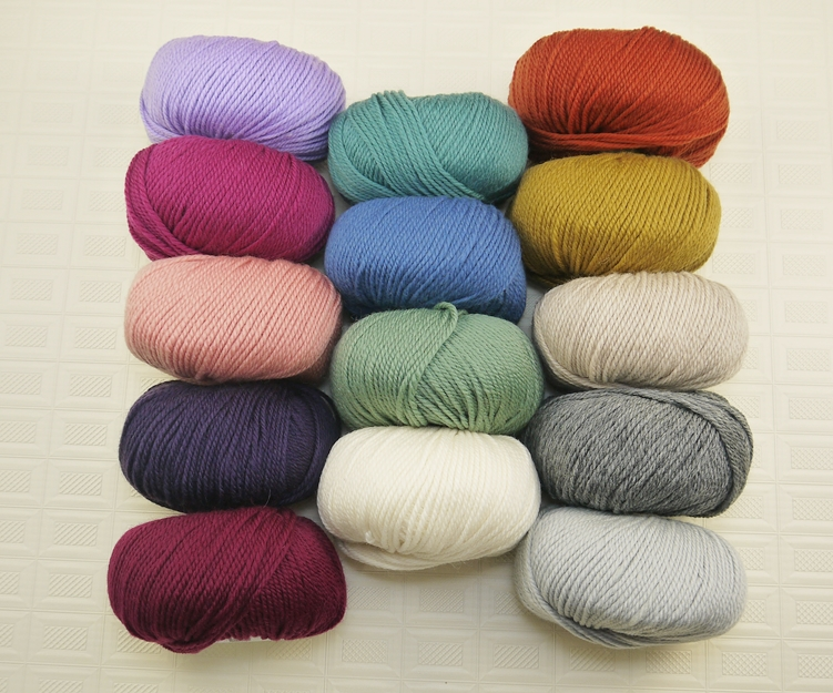 中粗細緻美麗諾 ~ 溫潤色調, 耐織耐看, 粗細適中, 經典的美麗諾羊毛線