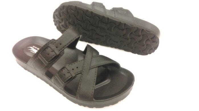 ※555鞋※黑 母子鱷魚 馬卡龍色 浴室 海灘 防水 非夾腳 拖鞋 一體成形 氣墊 超舒適運動休閒拖鞋~超軟Q