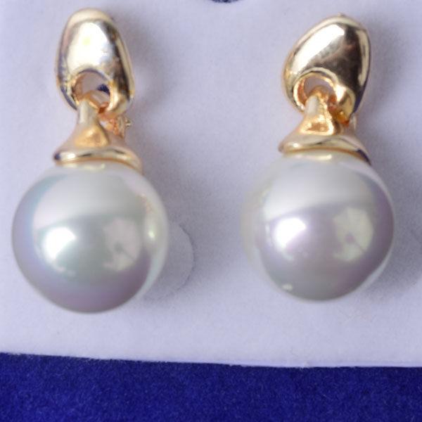 R100 傑克鑽 耳環 簡單時尚 璀璨 鑲 鑽 大方 簡約 耳環 一對 50元 超便宜