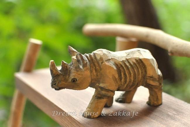 日本手工原木雕刻 犀牛 《 栩栩如生喔 》★ Zakka鄉村風 ★