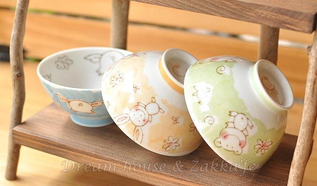 日本製 え・が・お 不沾黏 陶瓷茶碗/兒童碗/飯碗/碗 《 小豬/青蛙/兔子 3款任選 》 ★ 日本進口 ★