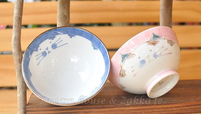 日本製 彩 陶瓷茶碗/兒童碗/飯碗/碗 貓咪 《 藍/粉 2色任選 》 《 日本進口 》★ Zakka'fe ★