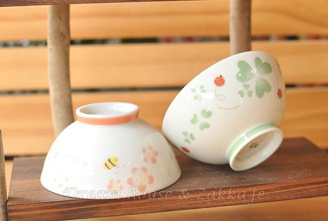 日本製 陶瓷茶碗/兒童碗/飯碗/碗 《 小花蜜蜂/幸運草瓢蟲 2款任選 》 《 日本進口 》★ Zakka'fe ★