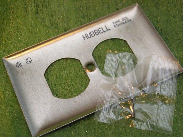 {音悅音響MUSIC HI-FI}Hubbell SS8 雙孔排插蓋 防磁 公司貨 電源處理 隔離污染 電磁波 干擾 雜訊