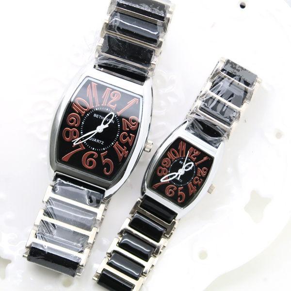 《好時光》BETHOVEN 經典酒桶型 清晰數字 時尚陶瓷情人對錶 (防水)2支價格