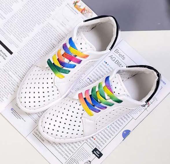 ☼zalulu愛鞋館☼ FE040 現貨 雜誌人氣款彩虹鞋帶洞洞透氣綁帶小白鞋-綠/黑 36-39 偏小