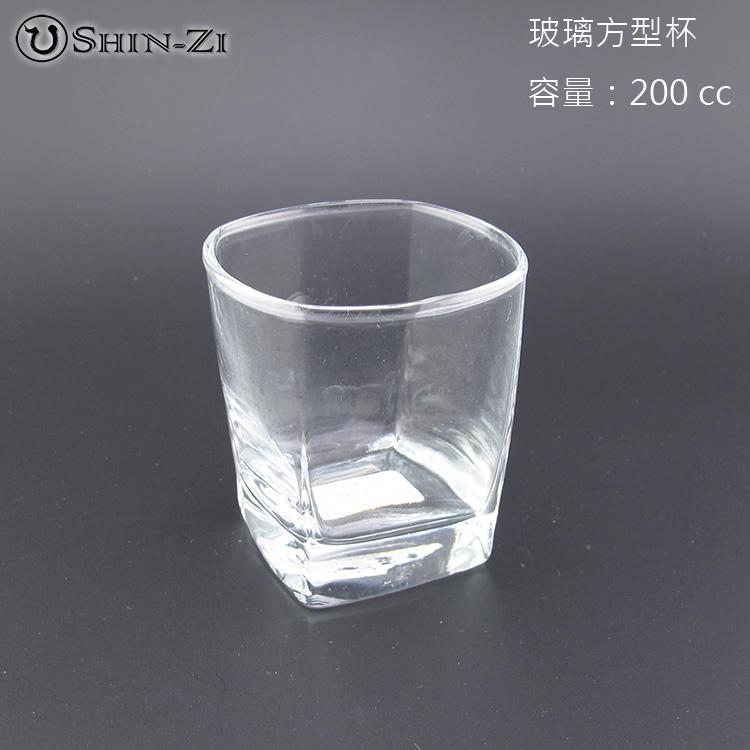 《廚房用品》容量200C.C 耐熱雙層隔熱玻璃方形杯.玻璃杯.透明水杯.餐廳玻璃杯