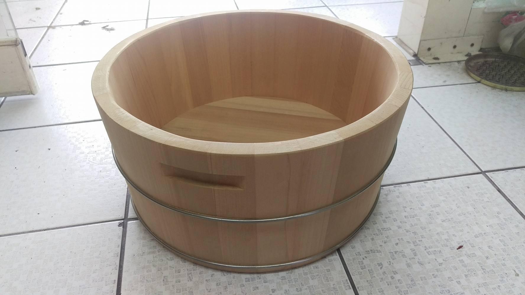 泡腳幫助血液循環 檜木泡腳桶24公分高)台灣第一領導品牌-雅典木桶 木浴缸、方形木桶、泡腳桶、蒸腳桶、蒸氣烤箱