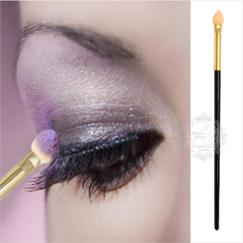 【專櫃】彩妝刷具--黑柄海綿頭眼影棒(可替換型)-單支 [51464]