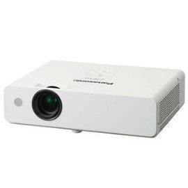 Panasonic PT-LB300U 液晶投影機 ● XGA,亮度3100流明,配備1.2倍光學鏡頭● 公司貨保固一年