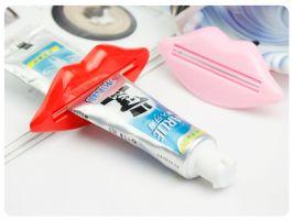 *GuoQu* 衛浴洗漱用品 牙膏伴侶 嘴唇多用擠壓器擠牙膏器 2只入/卡