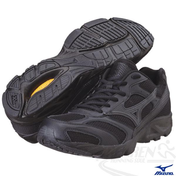 MIZUNO 美津濃 全黑慢跑鞋 寬楦Maximizer WB 3 學生軍警公教 全黑鞋8KA-33289