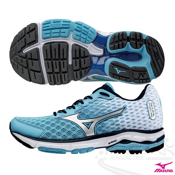 MIZUNO 美津濃 WAVE RIDER 18 女寬楦慢跑鞋(天空藍*銀23/23.5cm)。