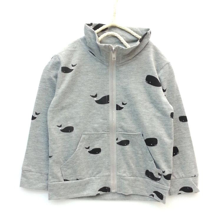 【班比納精品童裝】滿版鯨魚棉立領口袋外套-灰【BO140813031】