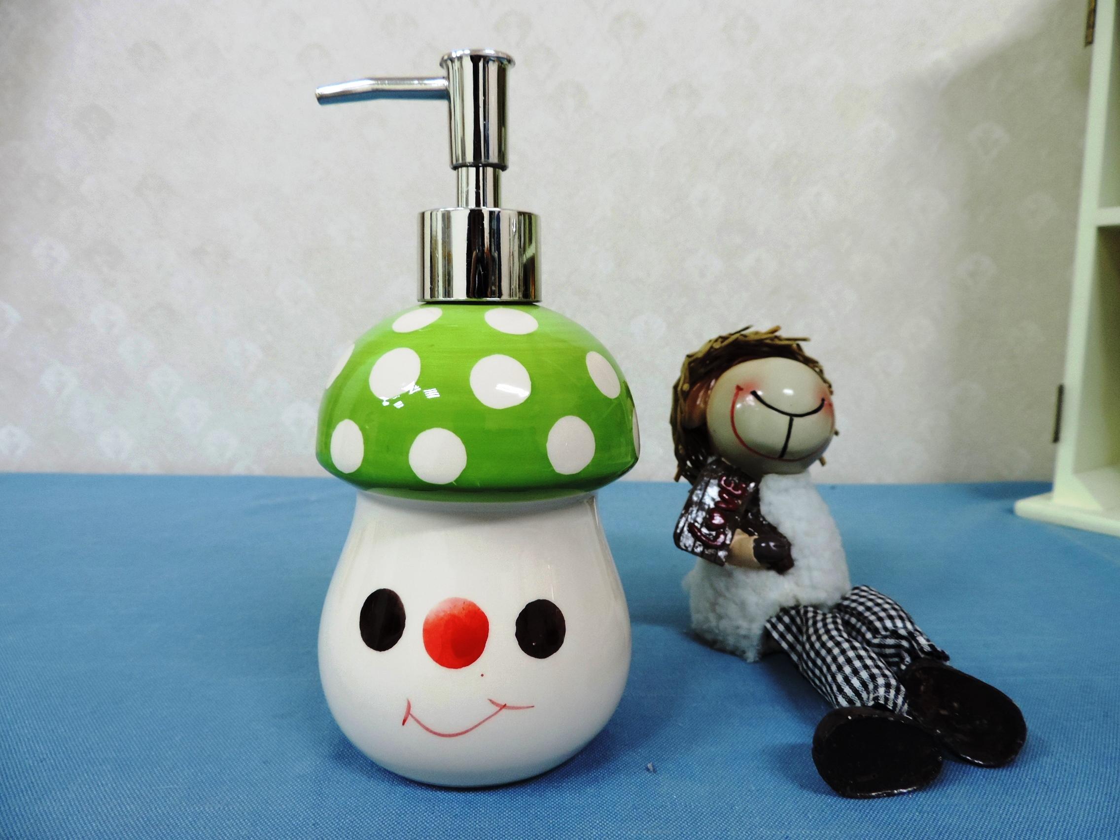 ↙特價 ↘ 《綠色》可愛蘑菇造型乳液罐 洗手液罐 沐浴瓶 洗髮乳 填充罐 洗碗精罐◤彩虹森林◥