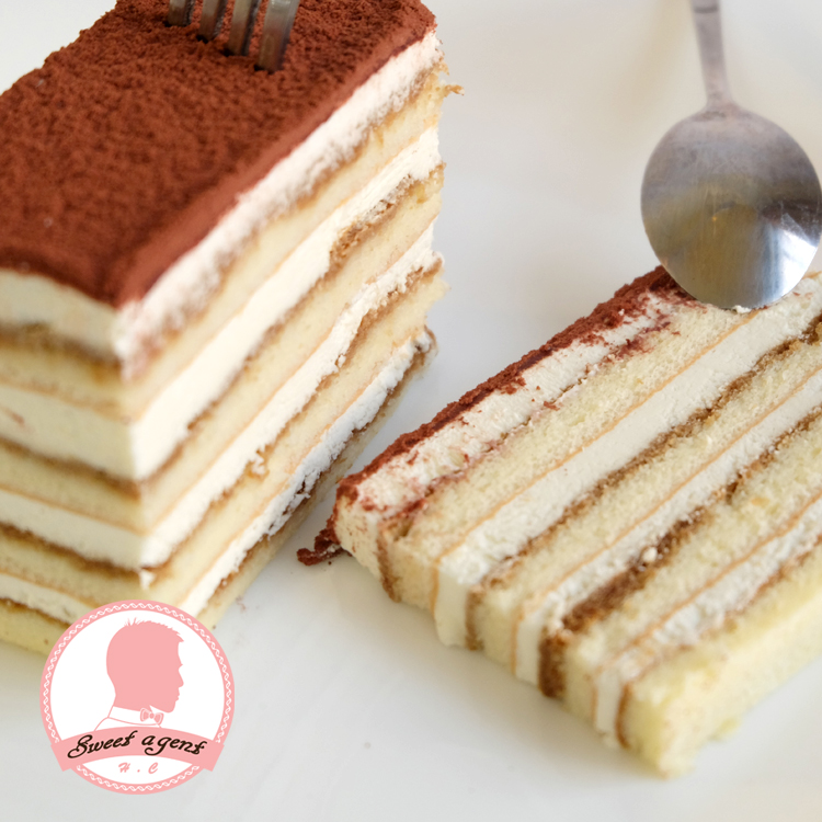 【甜點特務】[ 千層提拉米蘇 ] Mascarpone起士慕斯 + 咖啡酒糖液 + 鬆綿蛋糕