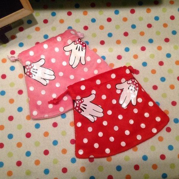 =優生活=迪士尼 Disney Minnie米妮 米妮裙點點 束口袋 收納包 化妝包 衛生棉包
