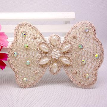 WallFree窩自在 鏤空蕾絲/珍珠/鑲鑽魔法瀏海貼片-貼鑽蕾絲37