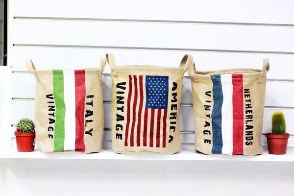 UNIPRO 復古棉麻 美國 義大利 荷蘭 國旗 收納筒 玩具收納桶 雜物收藏 玩具收納 24X30公分