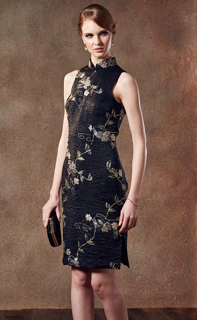 林廷芬服裝設計-Becky Vari-東方經典黑色蕾絲側邊開岔旗袍