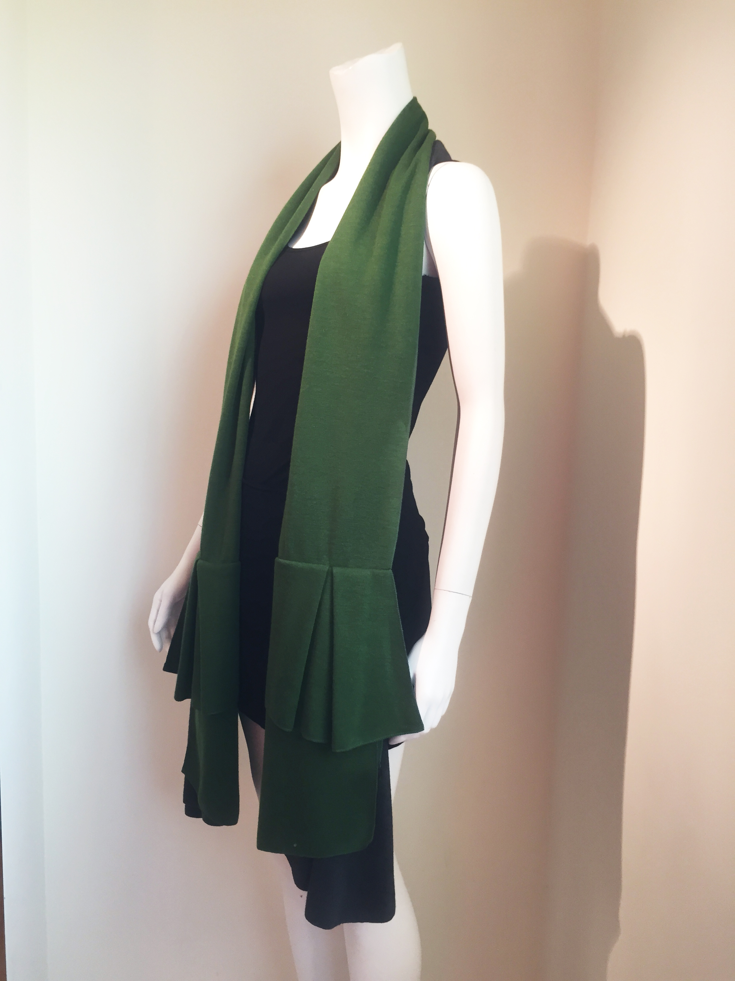 林廷芬服裝設計-Nina Scarf-雙色百變圍巾