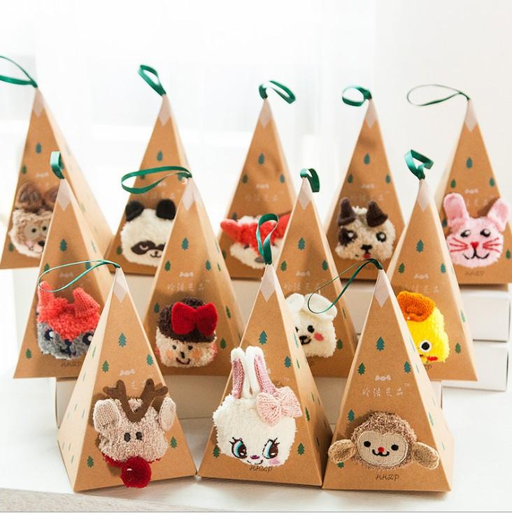 韓國可愛刺繡卡通禮物地板襪子睡眠襪珊瑚絨女襪批發毛絨襪禮盒