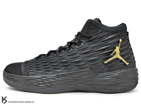2017 NBA 明星前鋒 Carmelo Anthony 代言 NIKE JORDAN MELO M13 X 全黑 金飛人 KURIM 科技鞋面 FLIGHTSPEED + ZOOM AIR 避震科技傳導 XDR 耐磨橡膠外底 NYC 紐約尼克隊 (902443-002) 0117