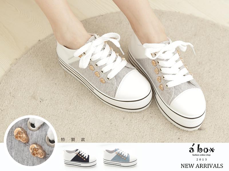 格子舖*【KK839】韓版搖滾牛仔布料金色骷髏5CM厚底包鞋 厚底帆布鞋3色現貨