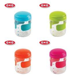 【淘氣寶寶】【美國oxo】大容量隨行掀蓋零食杯/掀蓋式點心盒/糖果保存罐/ 儲存盒250ml 橘/綠/藍/粉