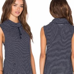 美麗大街【IR2274】高領條紋寬鬆假口袋無袖T恤