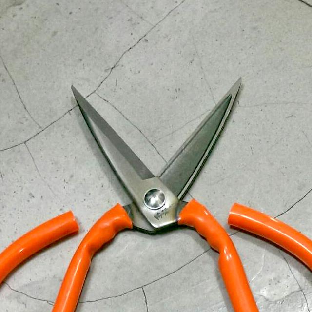 NO.303 SK5 8吋特殊鋼成衣加工剪刀 ( 21cm ) - 萬用剪刀 / 多用途剪刀 / 超大型剪刀