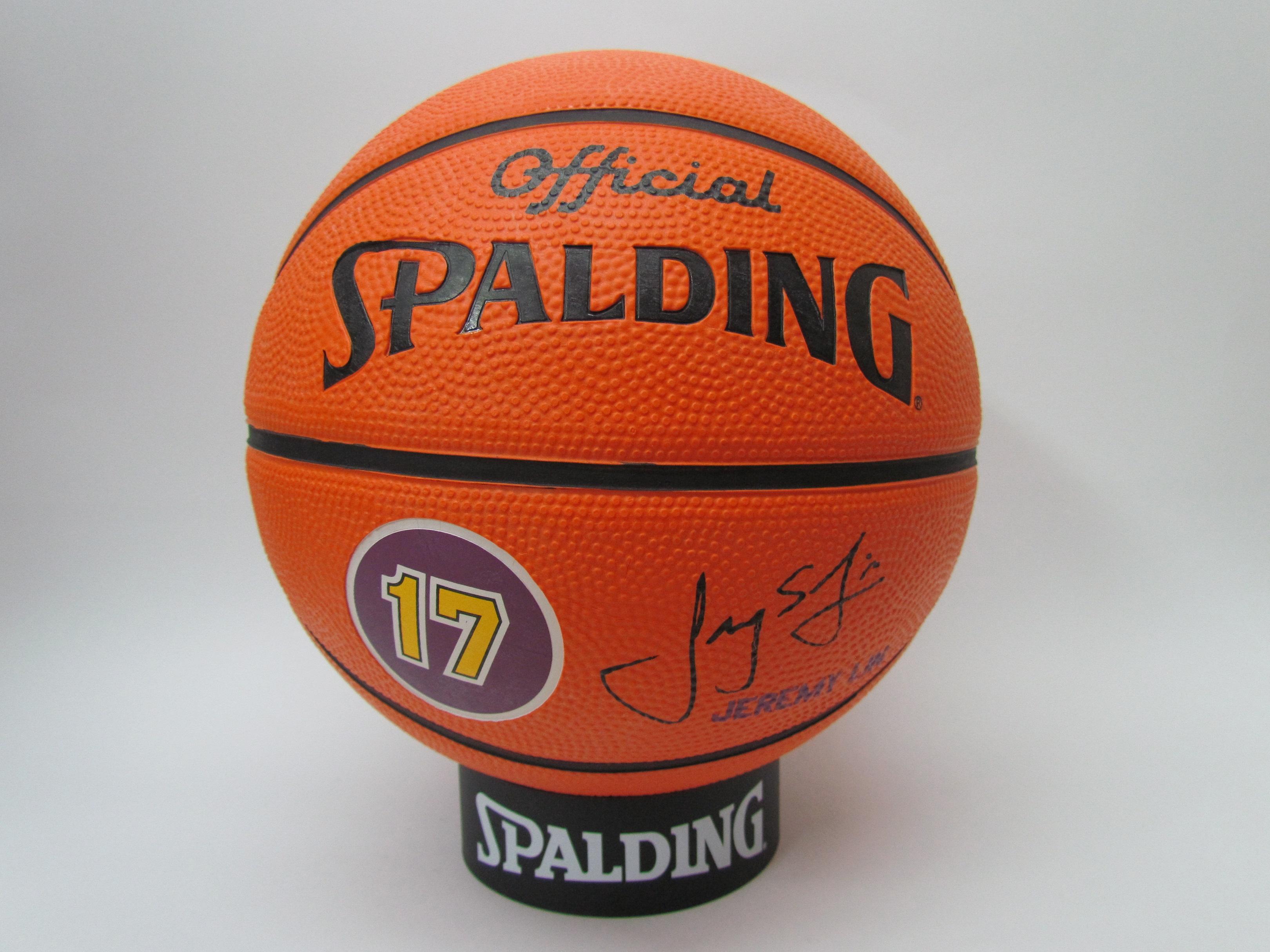 SPALDING專業籃球 NBA球員球系列 湖人隊 林書豪Jeremy Lin #17