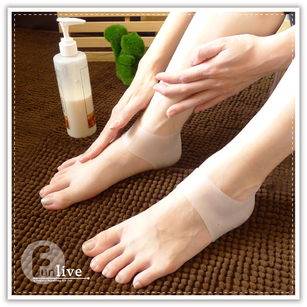 【aife life】矽膠腳跟保護套/後腳跟/護理保護套/足步保養/防龜裂/腳後跟/防乾裂/襪套/保濕/凝膠套