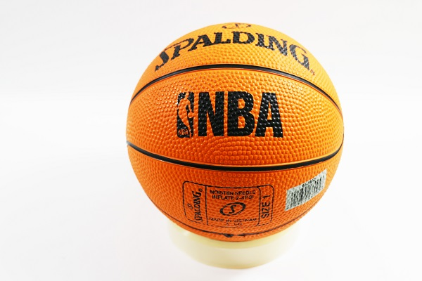 【陽光樂活】特價 只有一顆 SPALDING 斯伯丁 NBA 迷你小籃球 橡膠 NO.1 專業橘色 #1 SPA66995