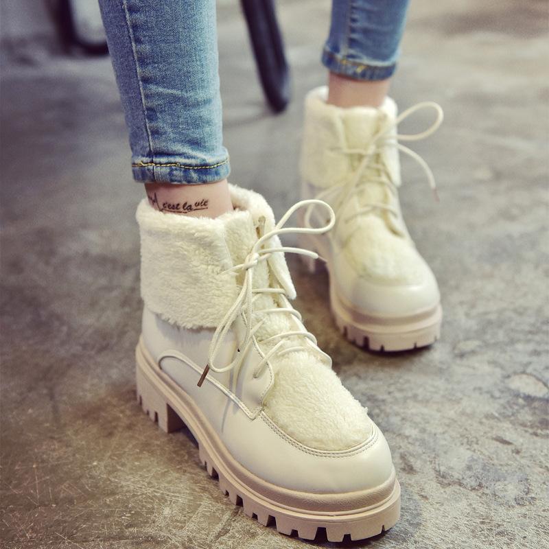 2017新款歐美圓頭中跟粗跟皮質拼接異材質羊羔棉繫帶外翻邊女短靴棉靴白靴毛毛款