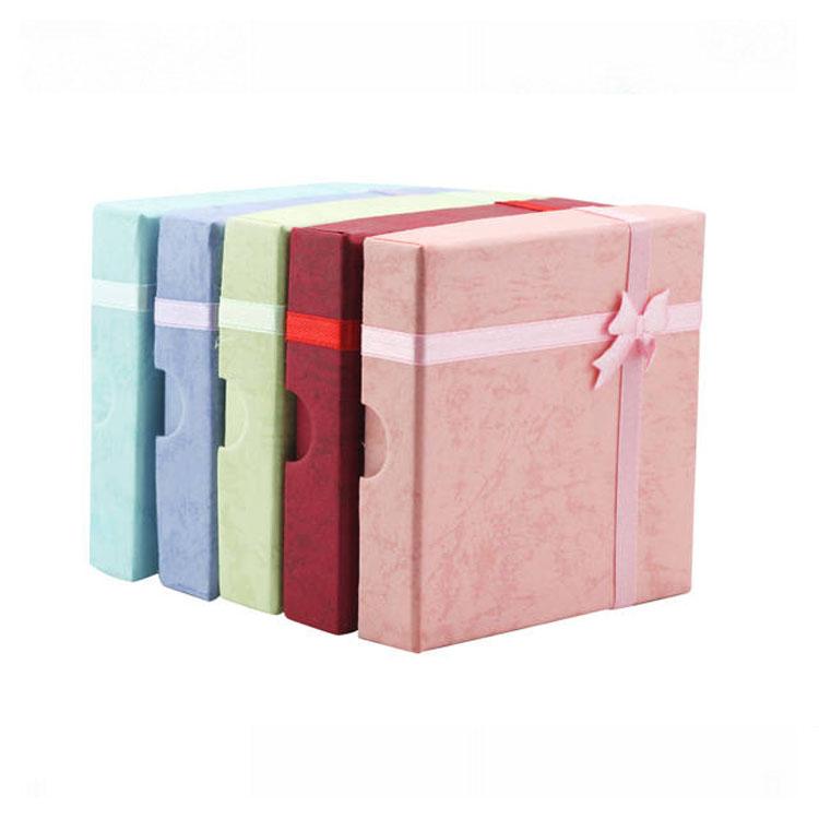 經典時尚精美飾品禮盒(中)可放耳環,戒指,手鍊