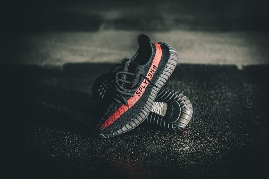 男鞋 BEETLE PLUS 全新 商品 現貨 ADIDAS YEEZY BOOST 350 V2 黑紅 BY9612 編織 慢跑鞋 US 11 12