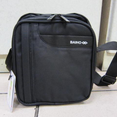 ~雪黛屋~BAIHO 隨身小型肩側包 隨身物品專用放置包 台灣製造品質保證 防水尼龍布OH258黑