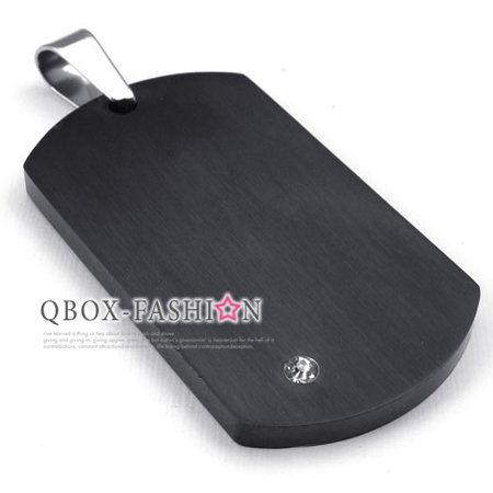 《 QBOX 》FASHION 飾品【W10022655】精緻個性黑色盾牌鑲鑽316L鈦鋼墬子項鍊