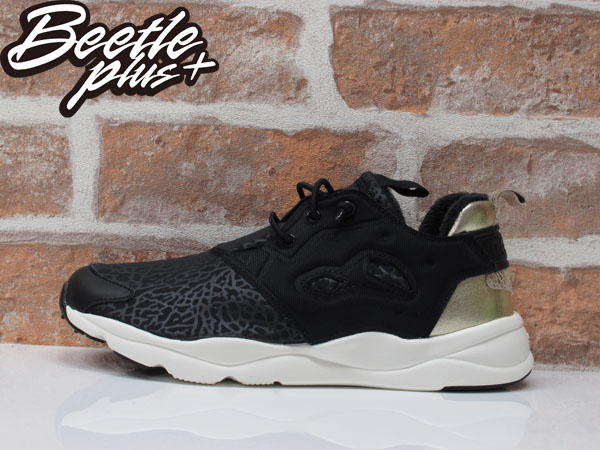 女生 BEETLE REEBOK PUMP FURYLITE WINTER 黑白 黑金 爆裂紋 金屁股 AR0002