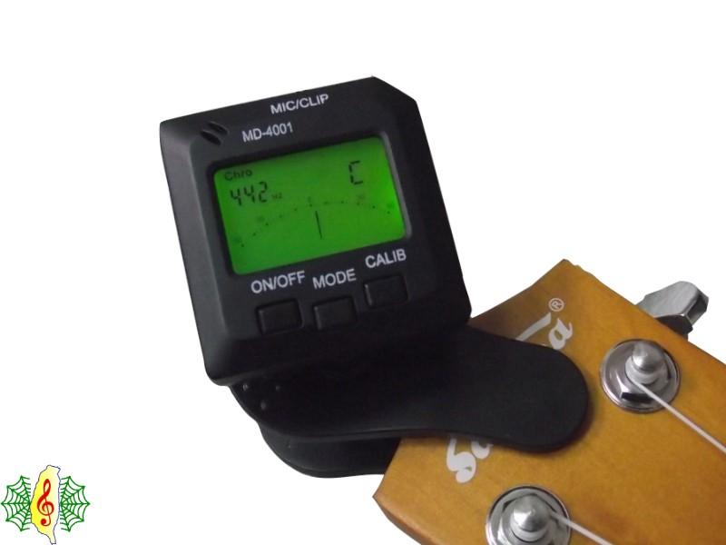 [網音樂城] 調音器 MD-4001 黑 液晶 夾式 吉它 貝斯 小提琴 (附 電池 說明書)