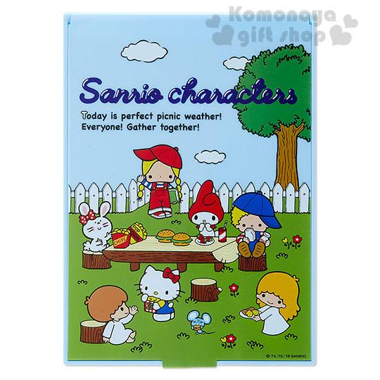 〔小禮堂〕Sanrio大集合 日製折疊鏡《藍.花園》Sanrio70年代人物系列