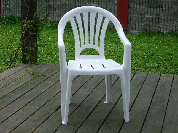 兄弟牌歐式風情~白色塑膠椅(抗UV紫外線~高背設計),物美價廉庭院必備!! (4入裝)