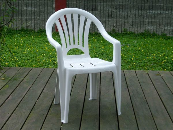 Brother兄弟牌歐式風情~白色塑膠椅(抗UV紫外線~高背設計),物美價廉庭院必備!! (2入裝)