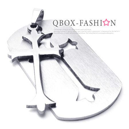 《 QBOX 》FASHION 飾品【W10018375】精緻個性盾牌十字架316L鈦鋼墬子項鍊