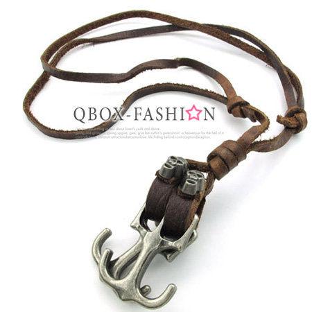 《 QBOX 》FASHION 飾品【W10022682】精緻個性復古骷髏船錨合金皮革墬子項鍊