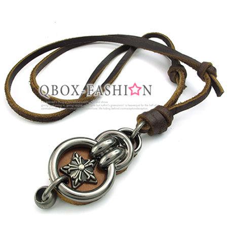 《 QBOX 》FASHION 飾品【 W10023493】精緻個性復古環扣克羅心十字架合金皮革墬子項鍊