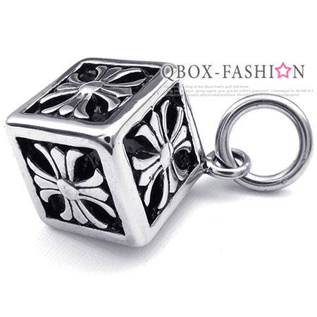 《 QBOX 》FASHION 飾品【W10023888】精緻個性克羅心十字架方塊盒鑄造316L鈦鋼墬子項鍊