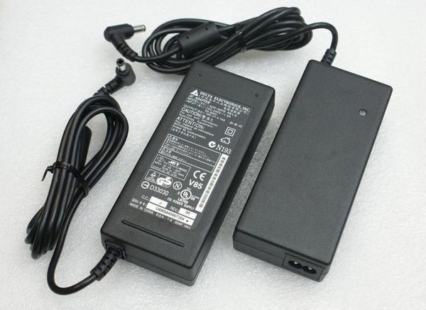 [NOVA成功3C]全新ASUS專用台達原廠變壓器 19V 4.74A 90W ( A8 W7J A6J W3 U6 L4 F5 U36 U46 U47 P32 P32V )